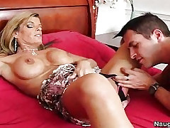 Kristal Summers tube porno - tubes de pipe matures