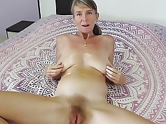 Squirting porn clips - fucking moms pussy